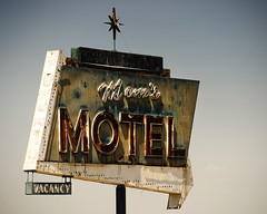 Mom's Motel (avilon_music) Tags: california signs sign vintage star neon rusty motel olympus moms rusted signage americana rusting neonsign arrow roadsideattractions starburst corroded centralcalifornia neonsigns motelsign arrowsign oldsigns vintagesigns vintageneon vintageneonsigns oldmotels tulare route99 motelsigns fadingamerica americanroadside ghostneon ghostneonsigns momsmotel vintagemotelsigns markpeacockphotography ghostedneon