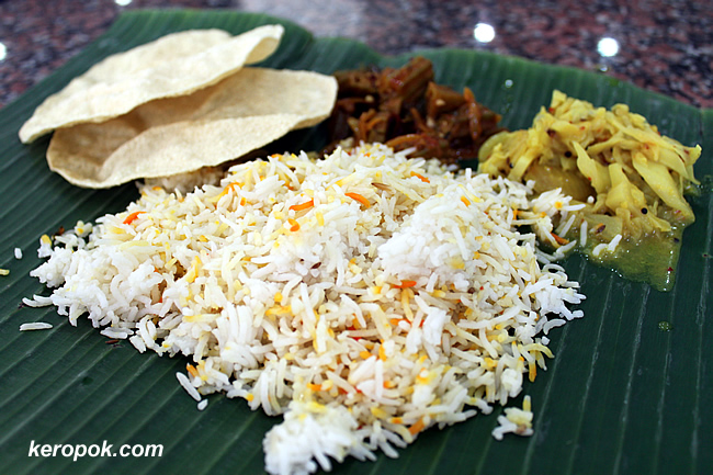 The Nasi Briyani with Papadams, Cabbage and Okra