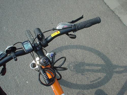 05.腳踏車奔馳中