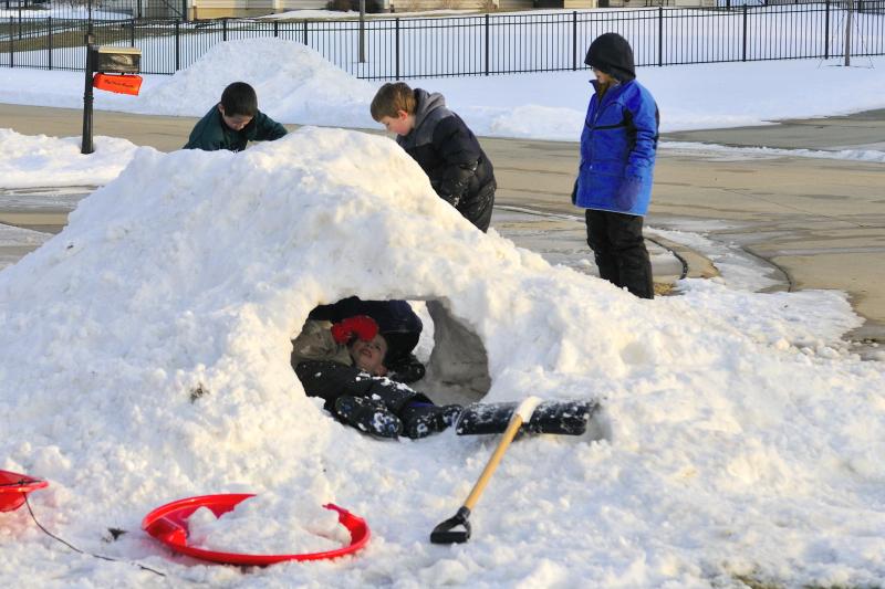 10.01.14 - Snow Fort