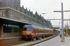 Maastricht (tramlijn30) Tags: train maastricht break trein nmbs sncb am86 tramlijn30