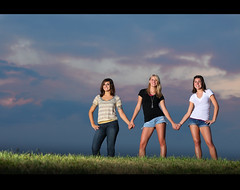 best friends ~ Senior Shoot (~Phamster~) Tags: friends sunset sky senior canon outdoors hands farm side hill alienbee vagabond 85l strobist 5dmkii phamster plm64
