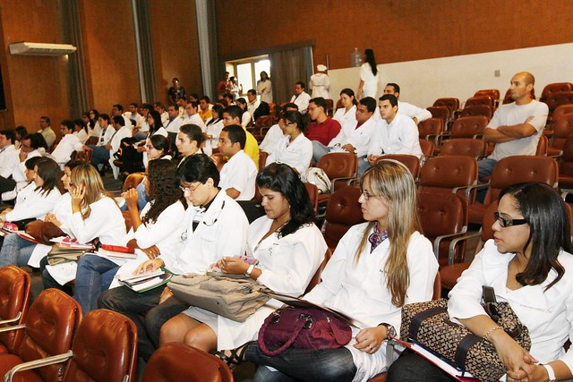 Hospital Roberto Santos recebe novos médicos residentes