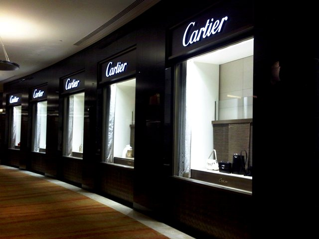 Cartier now open at 360 Mall