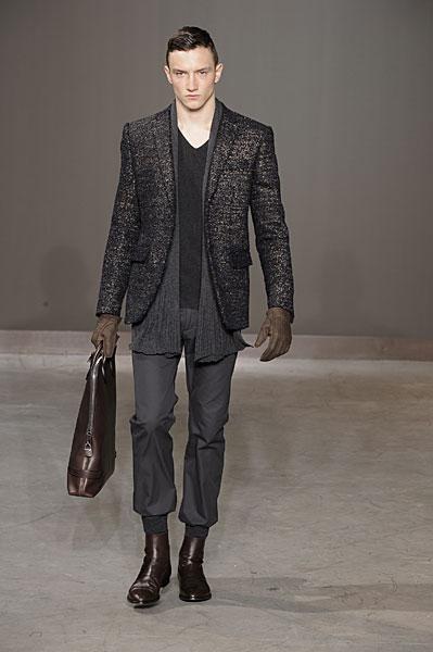 Jacob Coupe3051_FW10_Paris_Louis Vuitton(nikestav10@mh)