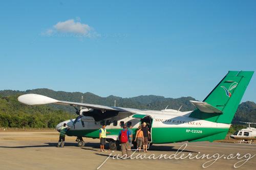 Seair Let-410 in El Nido