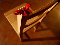 Chair-Ribbon (Fleur_008) Tags: chair angle hamburg stuhl schleife blickwinkel sonyalpha