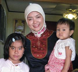 Bunda Doris Nasution Bersama Adiva n Aliyah