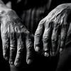 〓〓 (.unsuono.) Tags: work square hands mani 500x500 specialpicture unsuono winner500 alessandrovilla