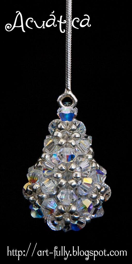 Pendiente  Lágrima: cristal AB (detalle)
