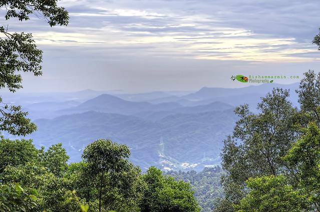 Explorasi ke Gunung Telapak Buruk - Berlapis-lapis wok!