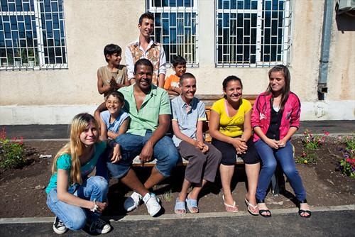 Cabral-si-copiii-din-Centrul-Robin-Hood_foto-Vlad-Basca