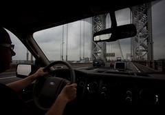 Heading away from Manhattan (Lars Plougmann) Tags: nyc bridge newyork car driving georgewashingtonbridge img6967