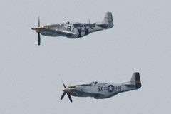 P-51 CNE AirShow 09 (GAC'63) Tags: canon rebel fighter wwii cne airshow mustang xsi p51 p51mustang cneairshow northamericanaviation 450d