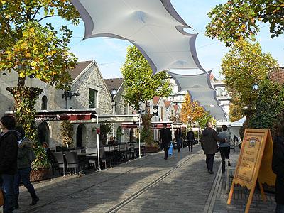 bercy village 2.jpg