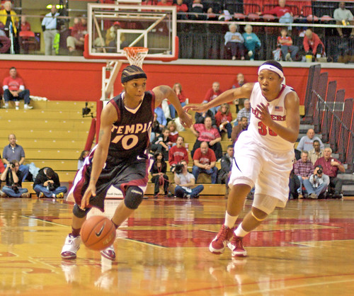 color12'8'09-David Hamme-Rutgers Girls Bball 7