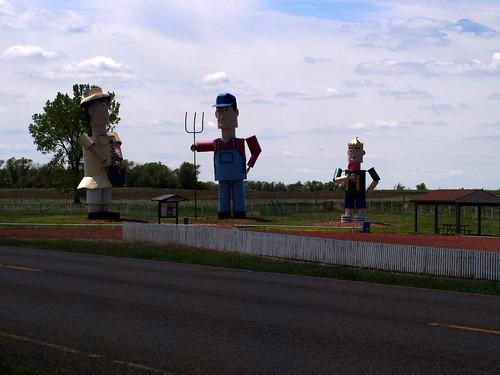 Enchanted Highway Tin Family
