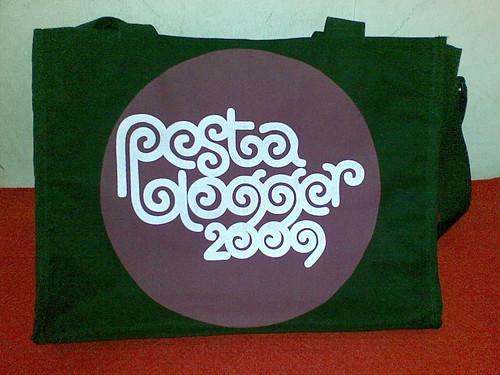 PB2009 tote bag
