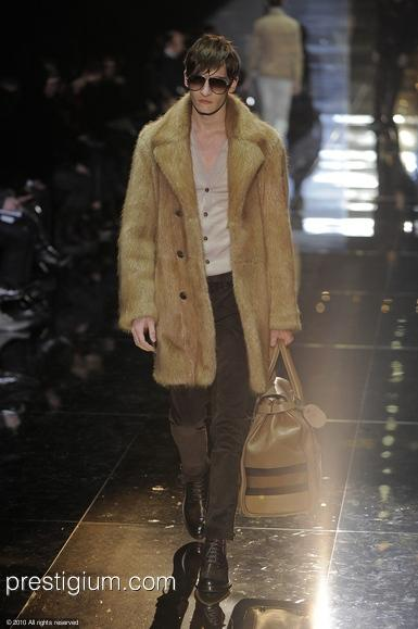 Matvey Lykov3137_FW10_Milan_Gucci(prestigium com)