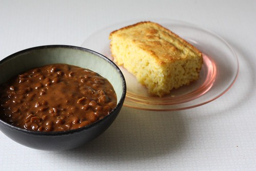 Vegetarian Baked Beans and Cornbread
