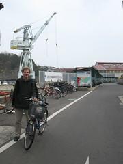 2497 Shimanami Start (mari-ten) Tags: people jeff bicycle japan cycling hiroshima  2008 onomichi roadway  eastasia shimanami    18  200804 20080402 seishun18travel mukaiisland
