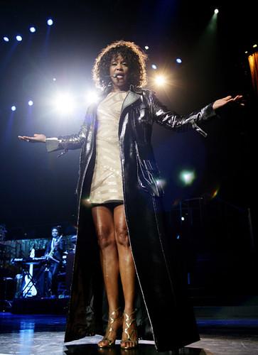 Whitney Houston: La voz. Algo más que un homenaje. parte 1 de 2