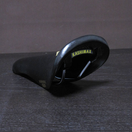 CMWCxKASHIMAX_AERO_SADDLE_BLACK3