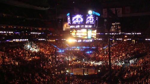 Prudential Center gremito per l'UFC 111