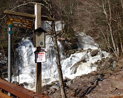 Bastion Falls, Kaaterskill Creek, Catskill Mountains, New York (jag9889) Tags: bridge ny newyork storm mountains creek puente town waterfall crossing state flood bridges falls ponte level marker pont hunter catskills brcke cascade nys trailmarker tannersville kaaterskill greenecounty hainesfalls kaaterskillcreek bastionfalls route23a