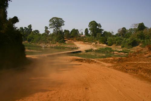 piste laos