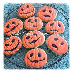 Pumpkin Jack Skellington Sugar Cookies (Helen's Heavenly Sweets) Tags: jackskellington halloweencookies sugarcookies trickortreat nightmarebeforechristmas