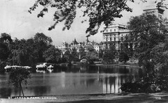 St. James's Park (Leonard Bentley) Tags: stjamesspark lake foreignoffice indiaoffice horseguards oldwaroffice duckislandcottage pelicans thelondonhistoricparksandgardenstrust ornithologicalsociety london uk cannonrow 1935 excelseries postcard