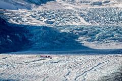 Glacier Athabasca (Seb & Jen) Tags: rocheuses rockies alberta canada athabasca glacier icefield columbia snowbus
