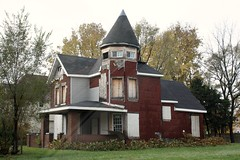 an abandoned Victorian (photo courtesy of AIA)