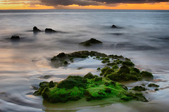 Green Rock, Kama'ole Beach Park Three, Kihei, Maui, Hawaii (Don Briggs) Tags: ocean sunset mauihawaii greenrock canoneosxt donbriggs kamaolebeachparkthreemauihawaii