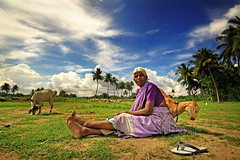 Moon Lady (Light and Life -Murali ) Tags: old sky india field rural village wide patti wideangle suburb salem 1020mm tamilnadu 10mm explored moonlady   img3488cp2sc malliakare