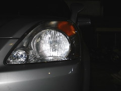 Cr-V Headlamp (dennis_quiksilver) Tags: auto 2002 cars car japan honda silver 2000 mobil automotive olympus automatic headlamp hid bogor crv lampu jepang digitalcameraclub builtup otomatis