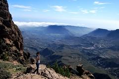 Pico de las Nieves (Mariano Rupérez) Tags: sky girl grancanaria chica canarias cielo pico nubes alto cumbre