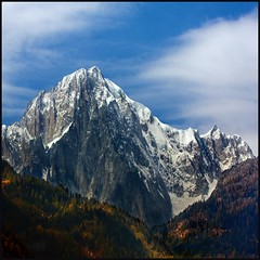 Mont Blanc (Pilar Azaa Taln ) Tags: alpes italia nieve otoo montaa courmayeur montblanc pilarazaataln pilarazaa copyrightpilarazaataln