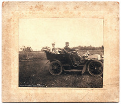 """Uncle Arthur and Aunt Sadie Krottnaurer,"" circa 1906 (eaubscene) Tags: highresolution antiquecar cigar hires drivinggoggles"