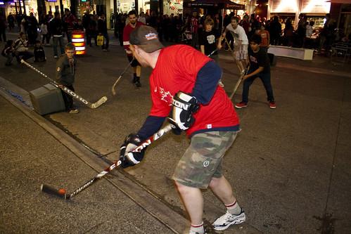 Match de hockey dans la rue