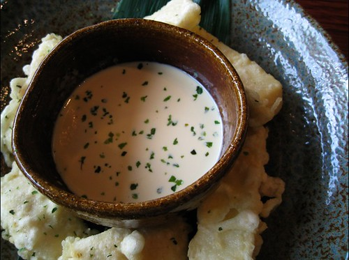 Camembert tempura, Iiza, Newtown