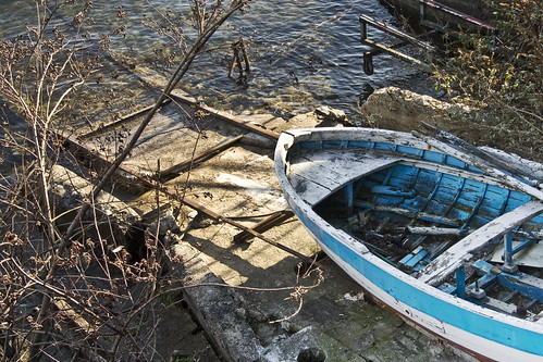 The Old Boat (by storvandre)
