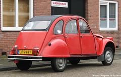 Citroën 2CV 1983 (Wouter Bregman) Tags: auto old france classic netherlands car vintage french automobile nederland citroën voiture 2cv 1983 paysbas middelburg eend geit ancienne citroën2cv française deuche