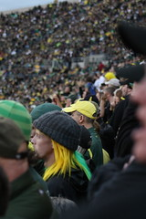 IMG_4797 (Edward_Sanchez_Photography) Tags: california new costumes red orange signs game green college halloween rose yellow night oregon matt dawn james crazy university day cheerleaders phil 21 dusk joey stadium crowd bat ducks 8 joe bowl bbq flags harley full eugene southern gameday sellout taylor record huge knight usc barbeque fans tailgating cheer blackout excitement uofo yello universityoforegon trojans fright espn bcs mcknight soldout mays autzen attendence pac10 implications jeramiah barkely masoli 103109 duckvision trojens 10312009 lamichael chearring lemichael