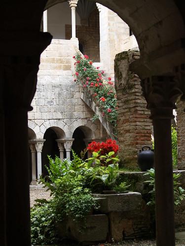 claustre del monestir de Sant Daniel