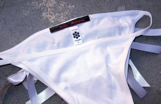 DIY-bow-panties-loveMaegan