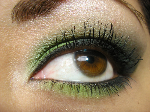 BFTE Green Smoky Eye Closeup