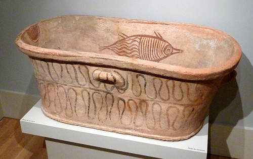 P1000020-2009-12-26-Christmas-Carlos-Museum-Fish-Bathtub