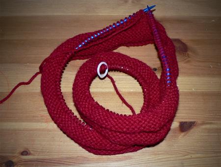 moebius scarf burgundy knit cowl